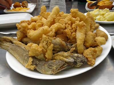 Pescado frito variado